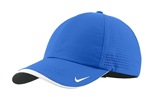 Nike Swoosh Perforated Golf Hat