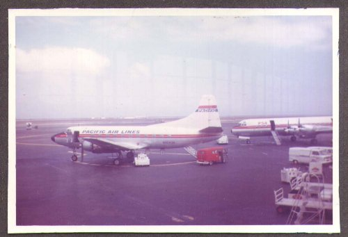 Snap Zero (Pacifric Airlines Martin 4-0-4 N40438 color snapshot)