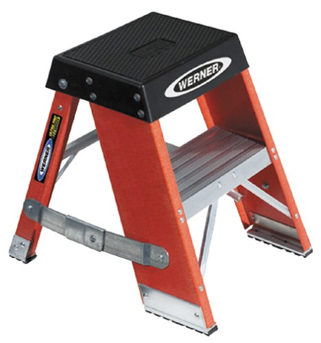 Werner SSF02 375-Pound Load Capacity, Type IAA Duty Rating Fiberglass Step Stand, 2-Foot