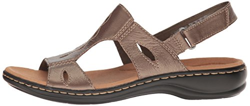 7886b4dee337 CLARKS Women s Leisa Lakelyn Flat Sandal