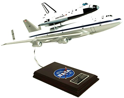 Plane Space Boeing (Mastercraft Collection Boeing NASA B747 Airliner w/ Space Shuttle Piggy Back Plane Airplane Model Scale:1/144)