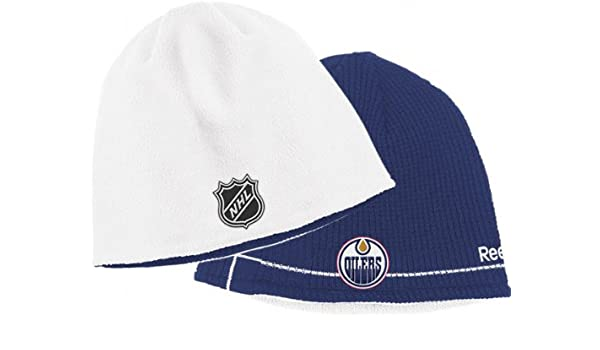 Amazon.com   Edmonton Oilers Youth Official Reversible Knit Hat   Knit Caps    Sports   Outdoors 973d05d68cd