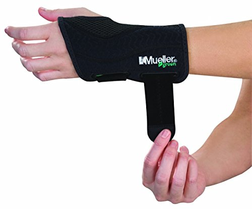 (Mueller Green Fitted Wrist Brace, Black, Left Hand, Large/Extra)