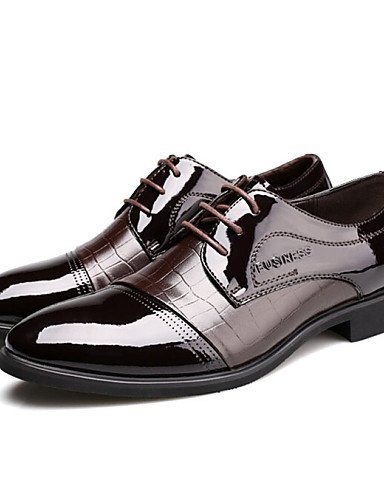 ShangYi Oxford-Schuhe Herrenschuhe Lässig Oxfords Lackleder Schwarz / Braun Brown