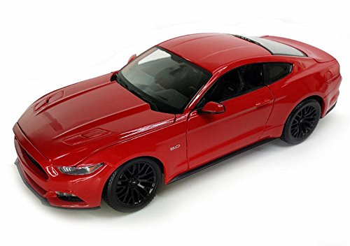 (Maisto 2015 Ford Mustang GT, Red 31508R - 1/24 Scale diecast Model car)