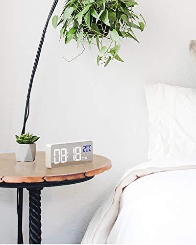 Alomce LED Digital Alarm Clock Battery Operated, Touch Activated Snooze, 4 Adjustable Brightness, Temperature Display, Adjustable Alarm Volume, 12/24H, Digital Clock for Bedrooms/Bedside/Desk/Kids