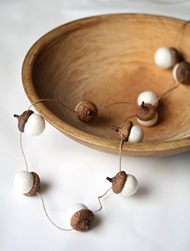 Garland Acorn (Felted Acorn Garland - ten white handfelted acorns on hemp string)