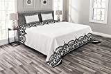 Lunarable Arabesque Bedspread Set King Size, Middle Eastern Ornamental Mehndi Style Henna Moroccan Pattern, Decorative Quilted 3 Piece Coverlet Set with 2 Pillow Shams, Black and White