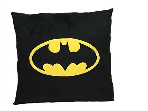 Cojin Cuadrado Batman Simbolo Dc Comics 8435450202087 Amazoncom