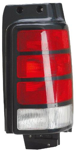 91-95 DODGE CARAVAN Right Passenger Rear Tail Light Lamp (1992 92 Dodge Grand Caravan)