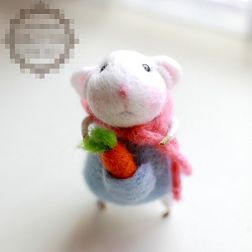 WellieSTR Natural Wool Roving Needlecrafts Needle Felted Felting Character Starter Kit: Lovely Little mouse with Hutoshi (Needle Felted Mouse)