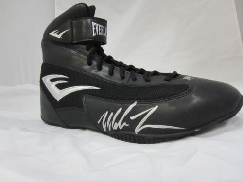 Mike Tyson Authentic Signed Boxing Everlast Shoes Auto Psa/