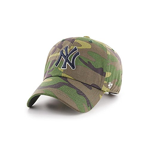 '47 Brand New York Yankees Unwashed Camo Clean Up Slouch Fit Dad Hat