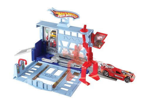 Hot Wheels City Power Lift Garage Play Set