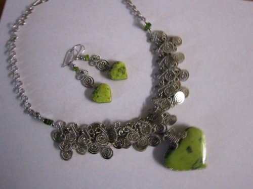 Serpentine Stone Crystal Healing Necklace and Earrings Set ()