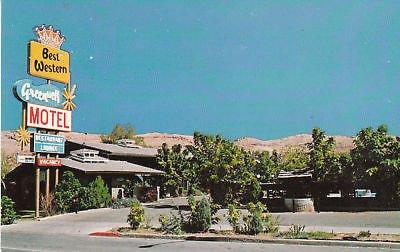 f1684-ut-moab-green-well-motel-postcard