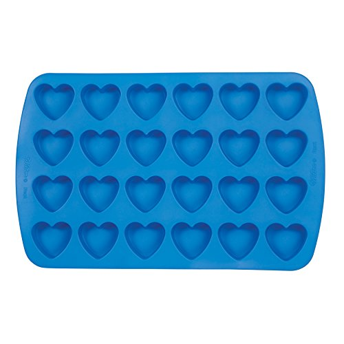 Wilton Easy-Flex Silicone Heart Mold, 24-Cavity for Ice Cubes, Gelatine, Baking and Candy - Flat Heart Mold