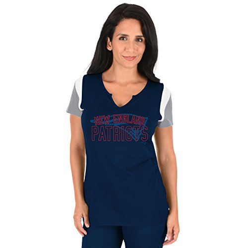 NFL New England Patriots Adult Women NFL Plus S/Notch V Neck,2X,Navy/Red
