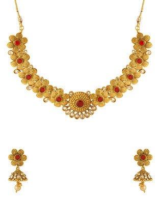 Colors Voylla Navrang Appealing Floral Design Necklace Set