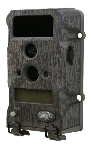 Wild Game Innovations Duck Commander 6 Lights Out Hunting Trail Camera by Wild Game Innovations