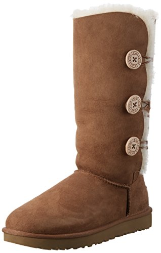 UGG Women's Bailey Button Triplet II Winter Boot, Chestnut, 9 B US (Bailey Chestnut Uggs Button)