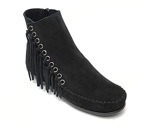 (Minnetonka Women's Willow Boot Black Suede 9 M US)