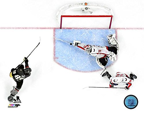 Washington Capitals Goalie Braden Holtby Makes The Save 8x10 Photo Picture (overhead) (Sports Photographs)