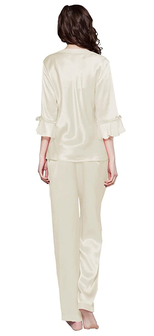 adc504ddae LILYSILK Women s Silk Pyjamas Set Laced V Neck Long 22 Momme Pure Silk   Amazon.co.uk  Clothing