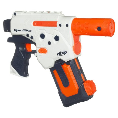 Super Soaker Thunderstorm. Soak your enemy with this water fun toy.