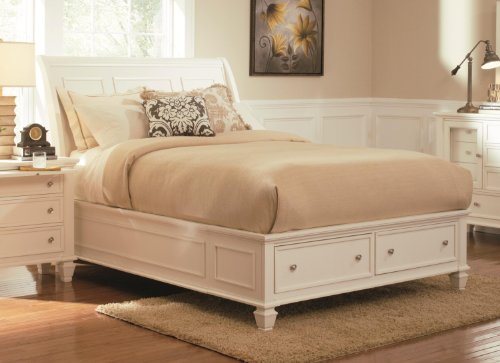 Coaster Furniture Sandy Beach Queen Sleigh Bed with Footb...