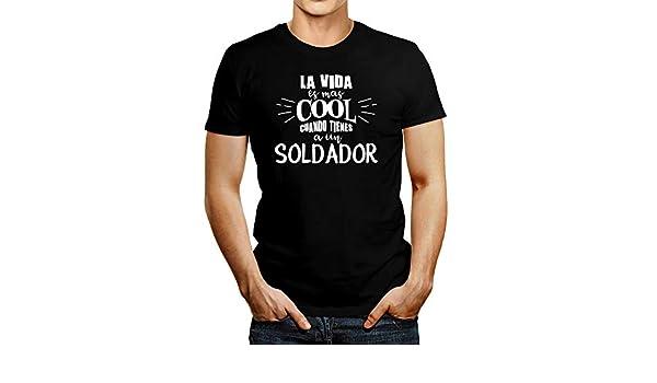 Idakoos La Vida ES Mas Cool Cuando Tienes A Un Soldador - T-Shirt | Amazon.com