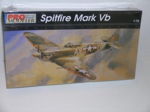 WW II British Spitfire Mark Vb Fighter---Plastic Model (World Fighters Miniature Model)