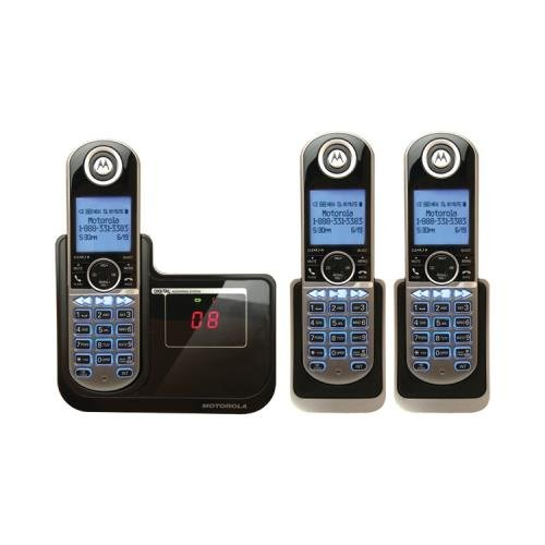 Motorola P1003 Dect 6.0 Cordless Phone System With Caller Id & Answering System (3-Handset System)