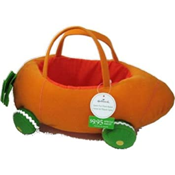 Amazon hallmark carrot car easter fun plush basket toys games hallmark carrot car easter fun plush basket negle Images
