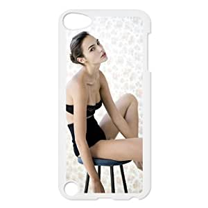 Sexy Model and Film Star Gal Gadot Photo Design Snap-on Hard Plastic Protective Durable Back Case Cover Shell for iPod Touch 5th-5