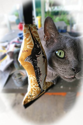 Hawaiian Popoki (cat) toys - Hawaii Souvenir for your Cat - Includes 2 Catnip Toys - For your best friend (NO, not the dog) - Made in Hawaii by Ikapela Designs