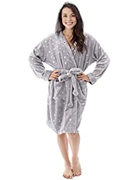 81f8f61b52c6 Women s Luxuriously Plush Cozy Collared Bath Robe w Pockets