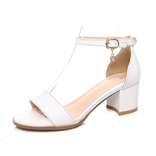 1TO9 Girls Metal Chain Engagement Cow Leather Sandals White P2BIgaTisi