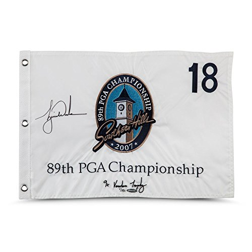 TIGER WOODS Autographed & Embroidered 2007 PGA Championship Pin Flag UDA LE ()