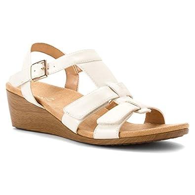 Vionic Glenda-good sandals for flat feet