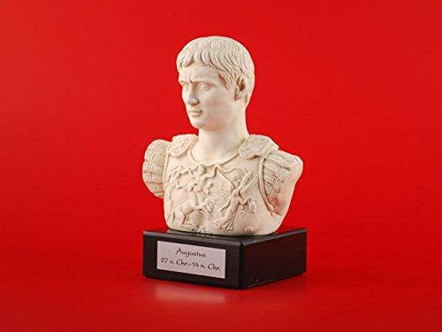 Frorum Traiani mit schwarzem Marmorsockel Messingschild Augustus r/ömische Kaiser B/üste incl Prima Porta Darstellung aus Alabastergips gefertigt