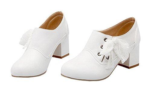 Amoonyfashion Dames Ronde Neus Pull-on Pu Solide Kitten-hakken Pumps-schoenen Wit