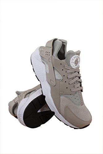 Nike Men's Air Huarache Cobblestone/Cobblestone/White Run...