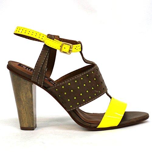 Juicy Couture diseño de tacones de sándalo, estándar del Reino Unido 3,5, de £126 - Squeezed lemon