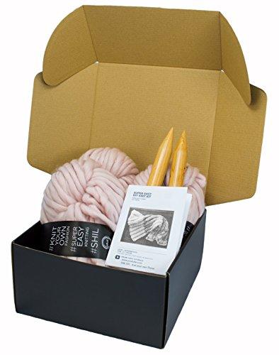 Chunky Knit Blanket DIY Kit, Super Soft Thick Yarn, Large Wood Knitting Needles (Dusty Pink)