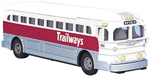 - M.T.H. Trailways Die-Cast Bus New York, NY 1:48