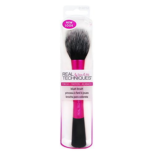 Real Techniques Cruelty Free Blush Brush With Synthetic, Hand Cut, Taklon Bristles, and Aluminum Ferrules, for Setting, Highlighting, Blending, and Applying Blush