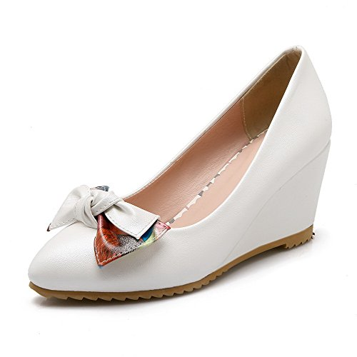 VogueZone009 Women's High-Heels Solid Pull-on Soft Material Pointed Closed Toe Pumps-Shoes White zYbBYM4t6