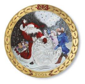 Royal Copenhagen 2006 Hearts of Christmas Plate (1917106) ()