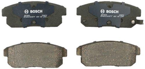 Bosch BP900 QuietCast Premium Semi-Metallic Disc Brake Pad Set For Infiniti: 2002 G20, 2002-2004 I35; Nissan: 2001-2003 Maxima, 2002-2006 Sentra; Rear ()